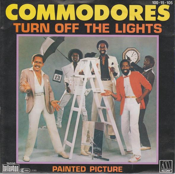 Cover Commodores - Turn Off The Lights (7, Single) Schallplatten Ankauf
