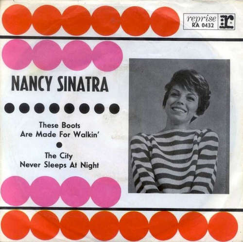 Cover Nancy Sinatra - These Boots Are Made For Walkin' / The City Never Sleeps At Night (7, Single) Schallplatten Ankauf