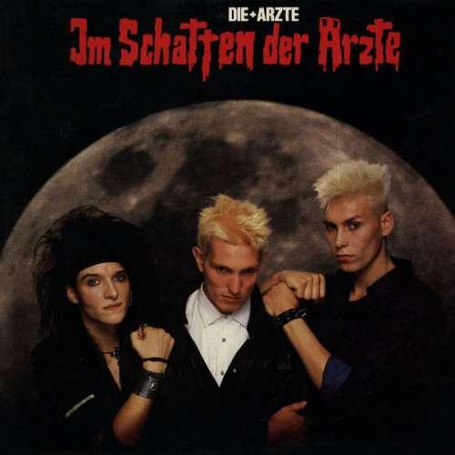 Cover Die + Ärzte* - Im Schatten Der Ärzte (LP, Album, Gat) Schallplatten Ankauf