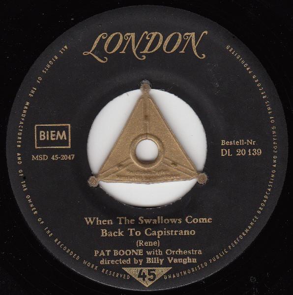 Bild Pat Boone - When The Swallows Come Back To Capistrano / April Love (7, Single) Schallplatten Ankauf