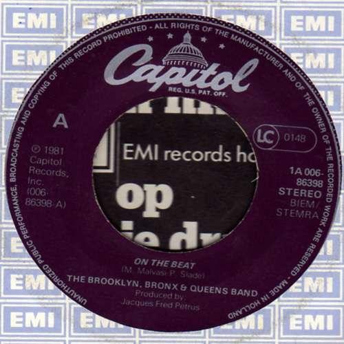 Cover The Brooklyn, Bronx & Queens Band - On The Beat (7, Single) Schallplatten Ankauf